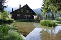 Naturteich hinter dem Wohnhaus - stagno naturale dietro la casa